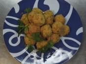 Albóndigas de pollo y pavo con cebolla asada